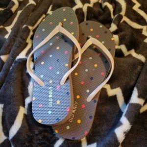 NWT old navy  gray and polka dot flip flops